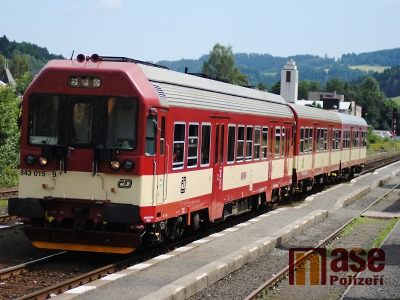 Na železniční trati z Liberce do Turnova zemřel člověk
