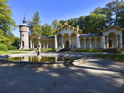 Vodárenská věž zásobovala areál sychrovského zámku vodou z Mohelky