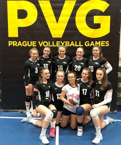 Turnovské volejbalové kadetky hrály na turnaji Prague Volleyball Games