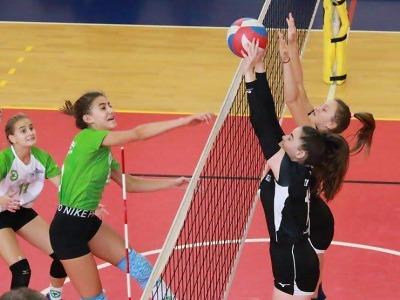 Turnovské kadetky proti pražskému Meteoru získaly první ligovou výhru