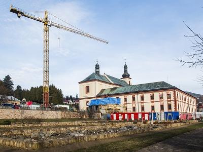 Rekonstrukce Krkonošského muzea pokračuje