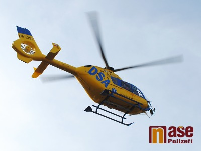 Cyklistu po nehodě u Paceřic transportoval do nemocnice vrtulník