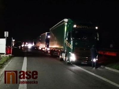 VIDEO: Výběr nového mýta probíhá na Liberecku poměrně v klidu