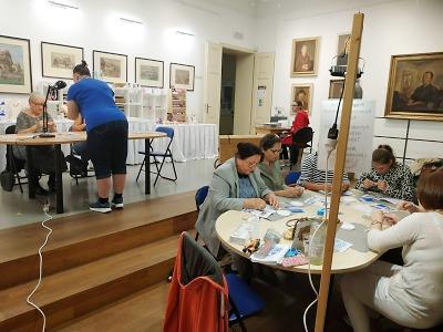 Výstavu Skleněný poklad v Železném Brodě doplní workshopy