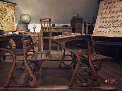 Jablonecká výstava připomene čas kantorů, rákosek a oslovských lavic