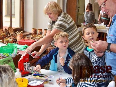 Zahradní slavnost zahájila 20. ročník Řemeslnického léta ve Vrchlabí