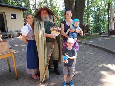 Turisté z Jilemnicka šli potřetí Za Krakonošem na Kozinec