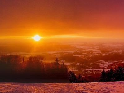 Obrazem: Západ slunce pod Kozákovem