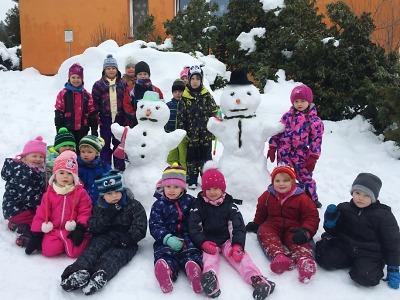 Jak Slánští stavěli sněhuláky