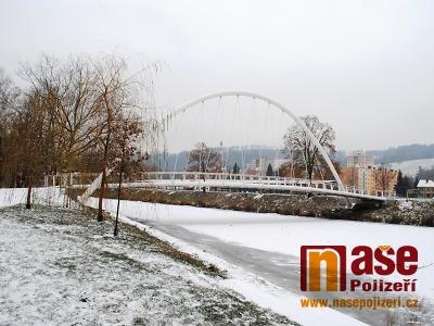 FOTO: V Semilech a okolí napadl první sníh zimní sezony