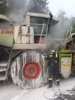 Semilští hasiči v akci u kombajnu i vážné nehody