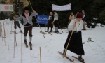 FOTO: U vrchlabského zámku se závodilo v běhu rozestavném