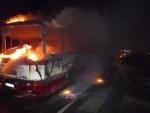 V Paceřicích u Turnova shořel autobus