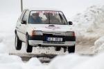 FOTO: Na Kozákově předvedli v neděli rallyshow na sněhu