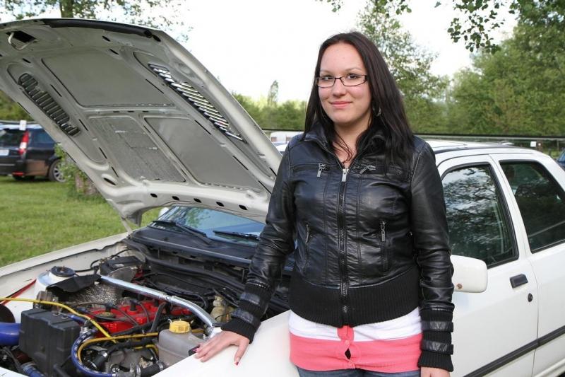 Sraz majitelů značky Ford na Liščí farmě v Dolní Branné