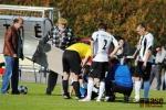 Krajský přebor ve fotbale, utkání SK Semily - FK Sedmihorky. Semilský Michal Kulhánek byl kvůli zranění odnesen na nosítkách