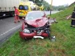 Řidička otočila při havárce ve Škodějově auto na střechu
