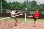 FOTO: Poutní nohejbal v Bozkově vyhráli Perníkáři