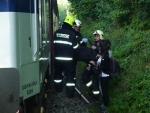 V Turnově přejel vlak ženu v kolejišti, lékař už ji nemohl pomoci