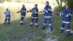FOTO: Do Labe unikly tři tuny nafty