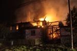 FOTO: Stavba lehla popelem