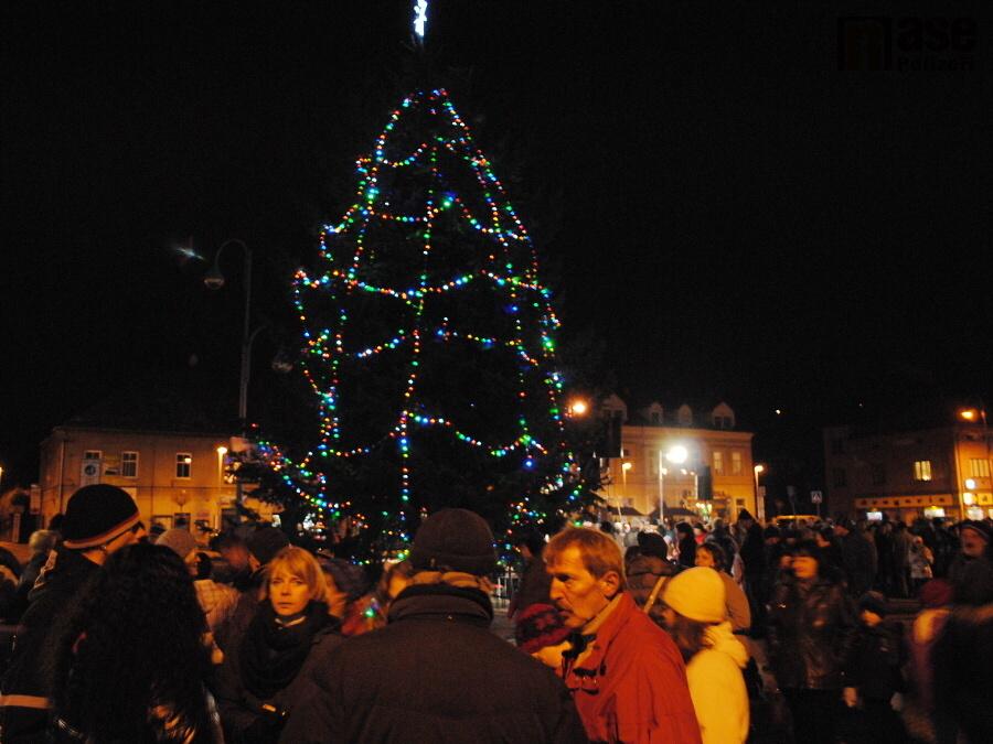 Rozsvícení vánočního stromu v Semilech<br />Autor: Petr Ježek