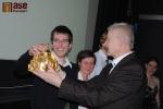 Vyhlášení ankety Sportovec Turnova za rok 2012, vítěznou korunu převzal zastupující Martin Váňa