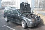OBRAZEM: Auto pohltily plameny