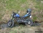 OBRAZEM: Motorkáře transportoval vrtulník