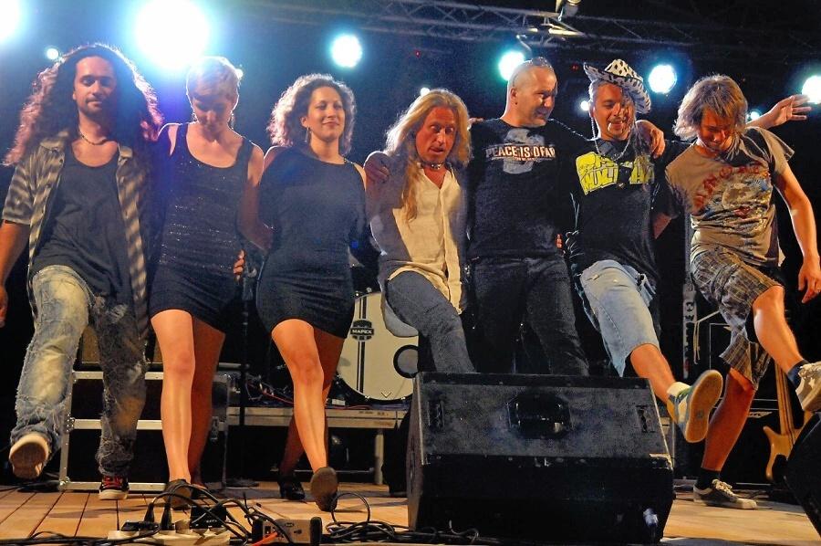 Čtvrtý koncertní den v areálu Rotextile - Kamil Střihavka se skupinou Leaders<br />Autor: Zdeněk Dryák