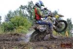 FOTO: V Ohrazenicích se jezdci opět museli popasovat s blátem