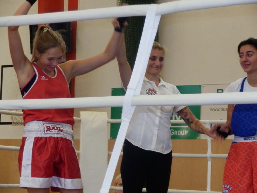 Národní liga boxu v Turnově - zápas Bětky Šulcové<br />Autor: Tereza Burkoňová