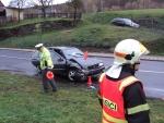 FOTO: Nehoda zkomplikovala dopravu