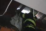FOTO: Střechu zahalily plameny