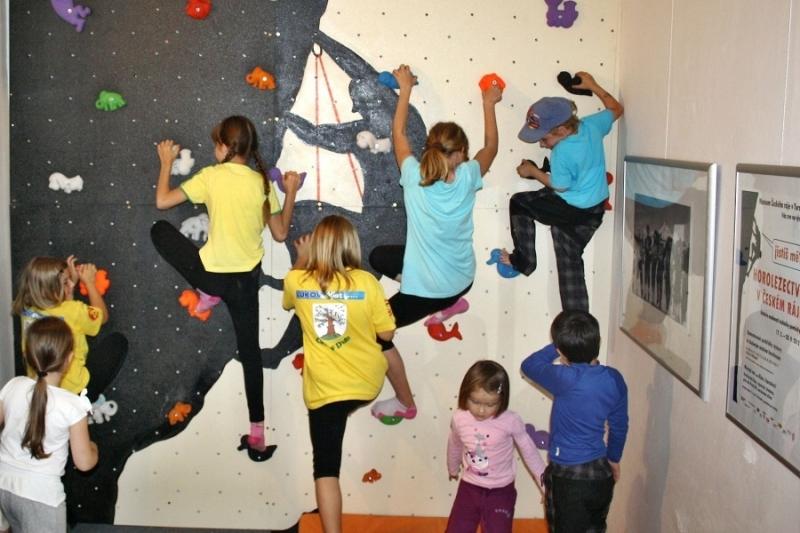 Vyžití pro děti na výstavě 2012 - ve studiích k nové expozici se na ně také nezapomíná<br />Autor: Pavel Charousek