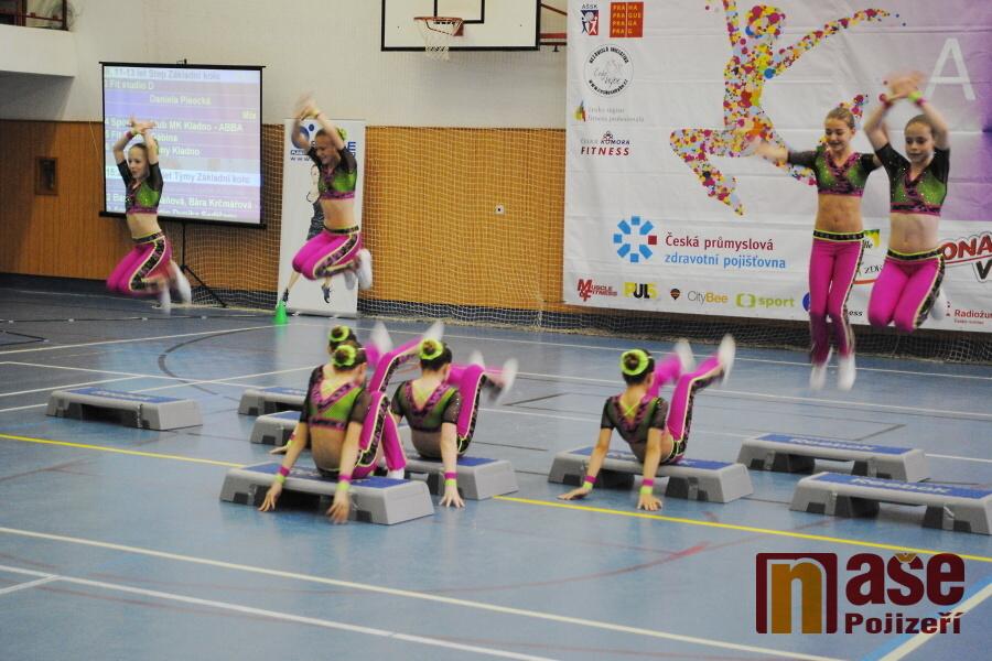Soutěž ve sportovním aerobiku a fitness 2. a 3. VT ve Sportovním centru v Semilech<br />Autor: Petr Ježek