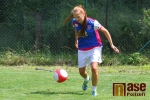 Fotbalový turnaj O pohár starosty obce Slaná - Miss Libereckého kraje Nikol Červinková v kopačkách