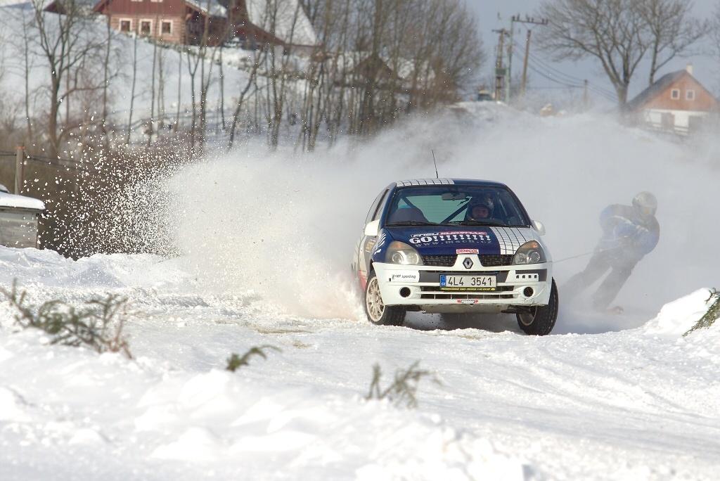 Krkonošský pohár v autoskijöringu 2015 - první závod na Kozákově<br />Autor: Jakub Jirman