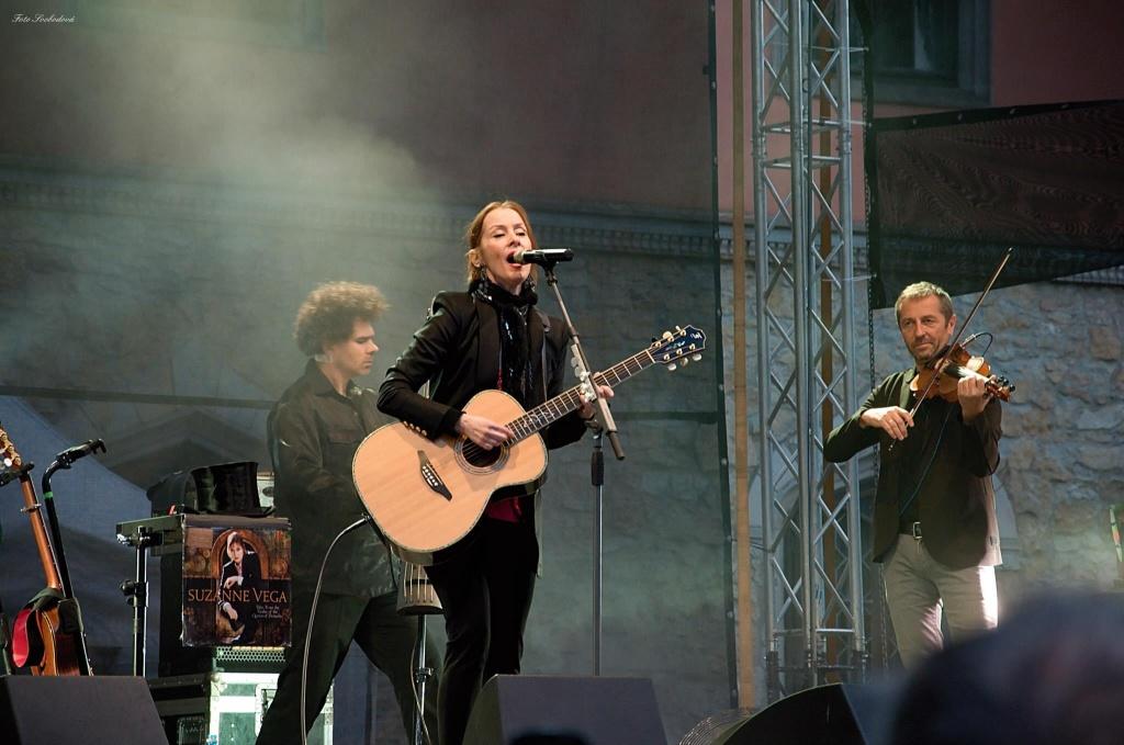 Koncert Suzanne Vega na Sychrově<br />Autor: Eva Svobodová