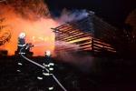 Rozsáhlý požár chalupy v Nové Vsi nad Popelkou
