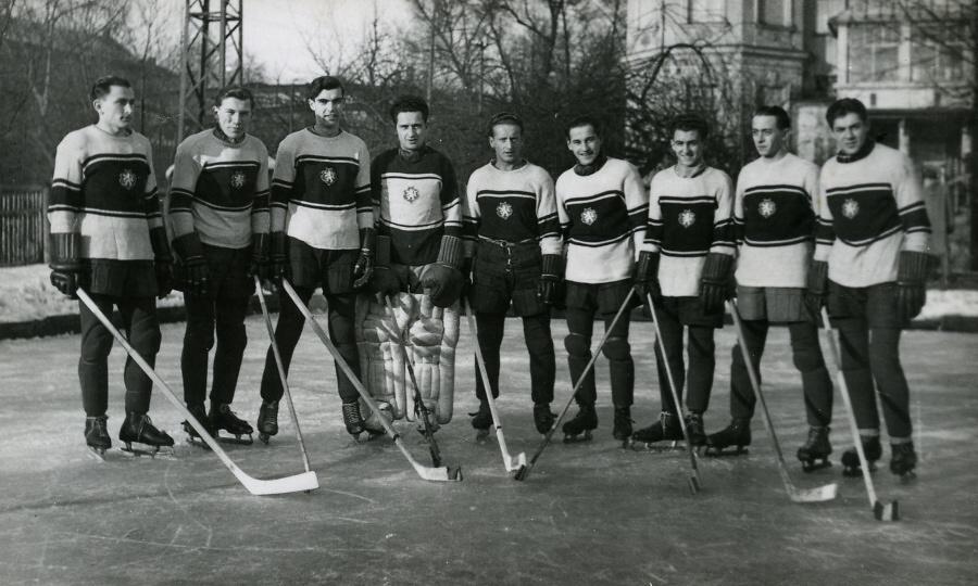 Tým LTK Turnov 1943<br />Autor: Archiv Muzea Českého ráje a Pavla Mlejnka