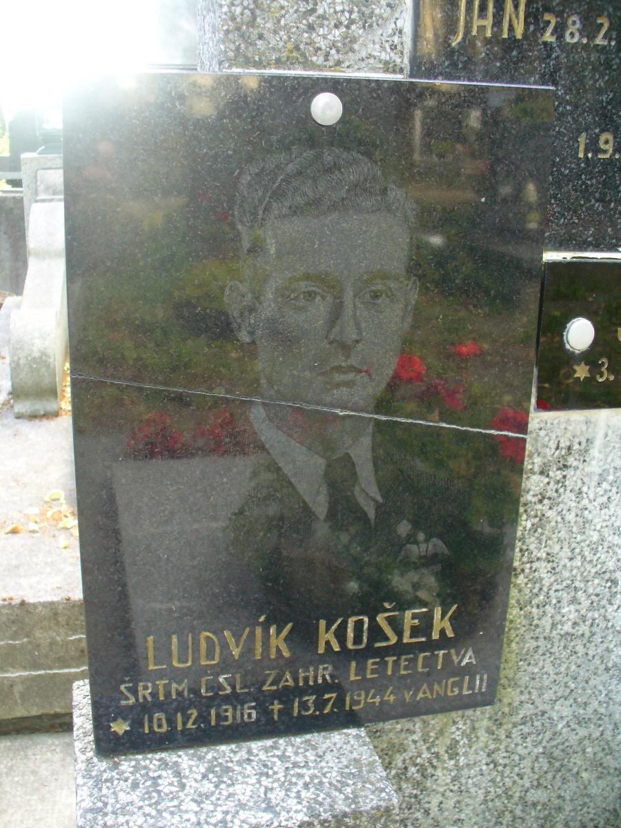 Symbolická pamětní deska Ludvíka Koška na na Mariánském hřbitově v Turnově<br />Autor: Archiv Muzea Českého ráje a Pavla Mlejnka