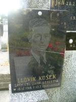 Symbolická pamětní deska Ludvíka Koška na na Mariánském hřbitově v Turnově