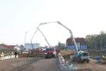 Betonování nového mostu přes Labe ve Vrchlabí