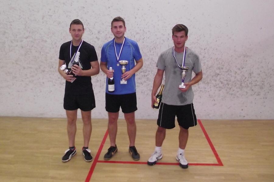 Druhý letošní turnaj ve squashi ve Sportovním centru v Semilech<br />Autor: Láďa Švitorka a Lenka Chlupáčová