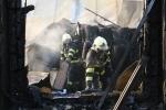 Likvidace následků rozsáhlého požáru v průmyslovém areálu v Turnově