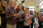 Obrazem: Společné zpívání koled na vrchlabském zámku