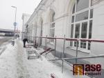 Úpravy na hlavní budově turnovského nádraží