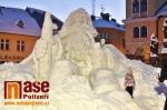 Snímky sněhového Krakonoše těsně před dokončením z pondělí 9. ledna