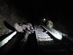 Spadlé kameny na železniční trať v Košťálově